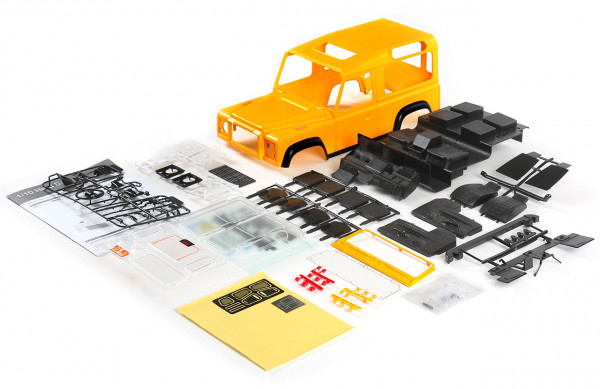 D90 Hardbody Kunststoff Bausatz gelb lackiert